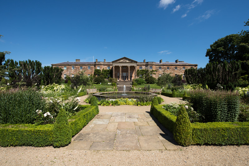 Hillsborough-Castle-and-Gardens-NI2