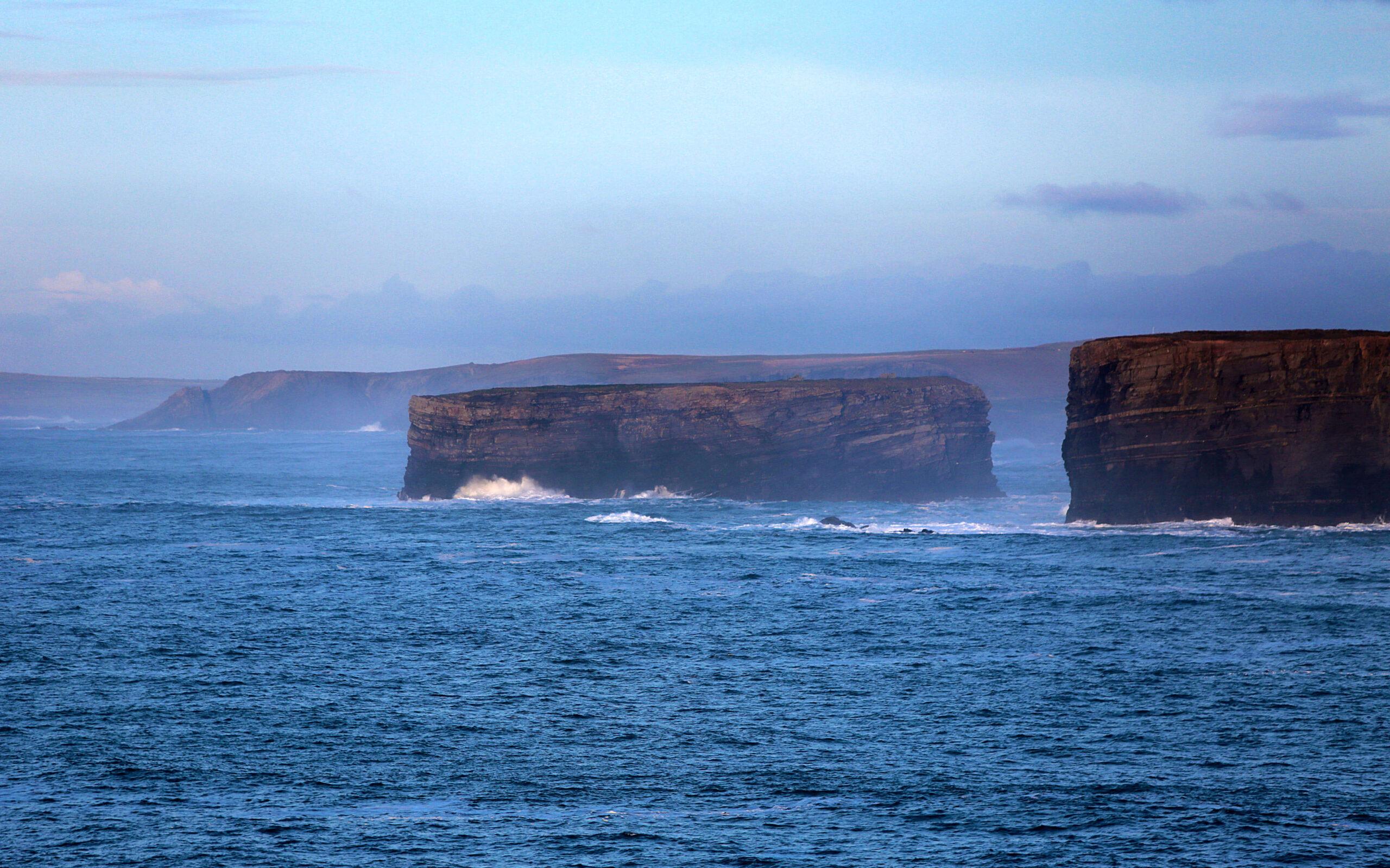 Bishop's Island, Kilkee Cliffs, Loop Head, Co Clare_master (1)