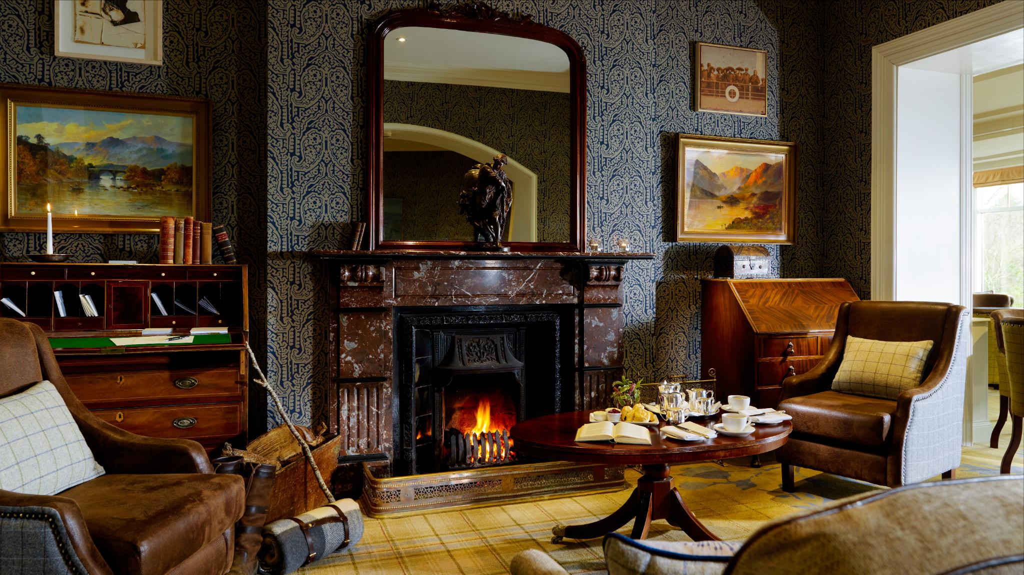 Parknasilla Bar Fireplace